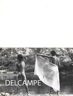 Photographie Carton Invitation De NEGREPONT Vernissage Galerie Regine Lussan Paris Circa 1982 Enfant Nu Garçon Nude Boy - Photographs