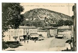 CPA 09 Ariège Lavelanet Place De La Révolution Et Le Soulat Animé - Lavelanet