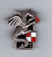 Broche Dragon En Métal Avec Son épingle Enviton 5cm De Haut - Other Collections