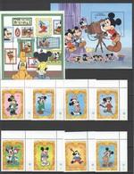 J904 ST.VINCENT CARTOONS WALT DISNEY 65 MICKEY MOUSE HISTORY !!! 2BL+1SET MNH - Disney