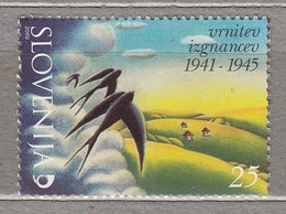 BIRDS SLOVENIA 2000 Swallow Mi 294 MNH (**) #22829 - Swallows