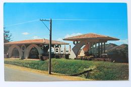 Ornamental Building / Edificio Ornamental, San Salvador, El Salvador, C.A., 1957 - El Salvador