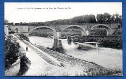 Port De Piles / Le Pont Du Chemin De Fer - France