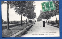 Port De Piles / Route Nationale - France