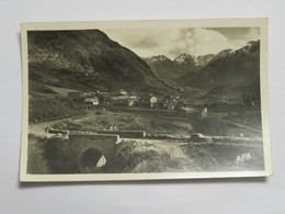 C.P.A. 66 PORTE PUYMORENS : Vallée De Font-Vives Et La Chaîne De Carlitte, Timbre En 1950 - Francia