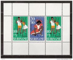 Suriname 489 Sheet Blok MNH ; Kinderzegels Children Stamps Timbres D'enfants Sellos Ninos 1967 NOW SPECIAL SURINAME SALE - Surinam ... - 1975