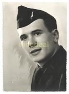 Ancienne Photo Portrait Aviateur Militaire Français Uniforme Calot Insigne Charognard épervier Armée De L'air Ch. Guyot - Krieg, Militär