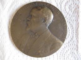 Médaille RAYMOND POINCARE Président De La R.F. , Elu En 1913 Par Léon Deschamps - France