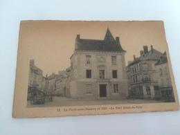AY -2500 - LA  FERTE -sous-JOUARRE En  1880 - Le Vieil Hotel De Ville - La Ferte Sous Jouarre