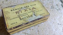 BEAUTE DES CILS - FIXIA CHATAIN - Boîte Carton Avec Brosse Tablette Et Miroir - LENTHERIC PARIS 7x4x2cm (dans Son Jus) - Produits De Beauté