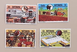 BOTSWANA Veterinaire, Veterinary, Veterinario, Tierärztlich. 4 Valeurs Emises En 1980. MNH, NEUF SANS CHARNIERE - Medizin