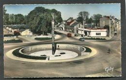 CPSM Format CPA - ALENCON - Place Du Général De Gaulle - Le Monument Aux Morts - Automobiles - Alencon