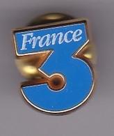 Pin's FRANCE 3 SIGNE DECAT - Medias