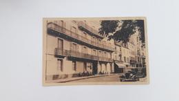 VICHY  (03)  Hotel Du Régent  - Entrée Du Parc - Vichy