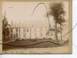 PHOTO ANIMÉE. SOMME . D80. Villers-aux-Érables . Facade Du Château - Lieux
