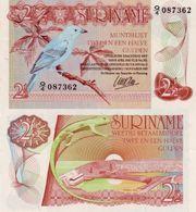 SURINAM SURINAME 2 1/2 GULDEN 1960 / 1985 P 119 BIRD UNC - Surinam