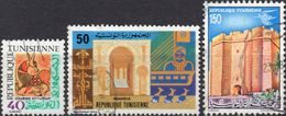 TUNISIA 1977/1981 - ARTI POPOLARI, CERAMICA + TURISMO, MAHDIA + PATRIMONIO NAZIONALE, LA SKIFA - 3 VALORI USATI - Tunisia (1956-...)