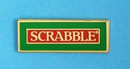 1 PIN'S //  ** JEU DE SOCIÉTÉ / SCRABBLE ® ** - Games