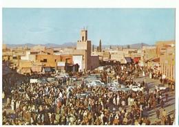 Carte Postale. CPM. Maroc Pittoresque. Marrakech. Place Jemaa El Fna. Forte Animation. - Marrakech