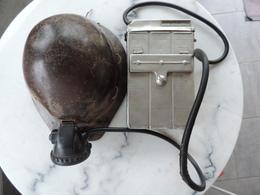 Casque De Mineur + Boitier électrique Et Sa Lampe Frontale (état Générale Correct Voir Photos) - Copricapi