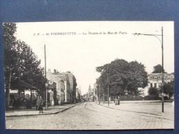93 ,pierrefitte,la Rue De Paris En 1917 .... Circulée Non Timbrée  .... - Pierrefitte Sur Seine