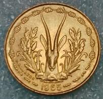 Western Africa (BCEAO) 5 Francs, 1965 -0862 - Autres – Afrique