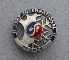 Broche ESF Test International . Métal Argenté Très épaisse . Voir Les 3 Photos . Fab: Decat Paris - Winter Sports