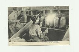 GUERRE 14/18  Femmes Francaises Fabriquant Des Munitions Pour Les Tranchées Beau Plan Animé Bon état - Guerre 1914-18