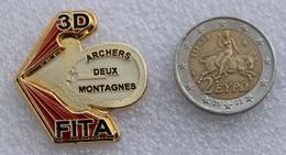 Pin's Tir à L'Arc . Archery  . Archers 2 Montagnes 3D FITA - Archery