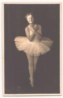 Photo Dédicacée ( 17 X 11 Cm ) Janine Gourry Danseuse Mars 1943 - Dédicacées