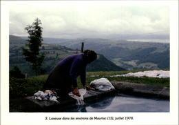 15 - MAURIAC - Laveuse - Lavandière - 1978 - Mauriac