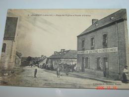C.P.A.- Louisfert (44) - Place De L'Eglise Et Route D'Erbray - Café De Bretagne - Boucherie Epicerie - 1917 - TTB (AG14) - France