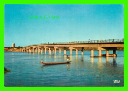 NIAMEY, NIGER - LE PONT KENNEDY -  LIBRARIE MAUCLERT - - Niger