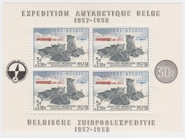 Belgie    .    OBP  .  Blok  31     .    *  .     Ongebruikt Met Plakker  .  /  .  Neuf Avec   Charniere - Blocs 1924-1960