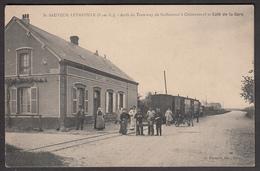 28 - ST SAUVEUR-LEVASVILLE - Arrêt Du Tramway De St Sauveur à Châteauneuf Et Café De La Gare - Autres Communes