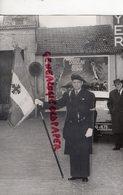 78 - VERSAILLES- DRAPEAU DES CROIX DE GUERRE 7 AVRIL 1940 - GUERRE 1939-1945- WW 2- RARE PHOTO ORIGINALE - Guerre, Militaire