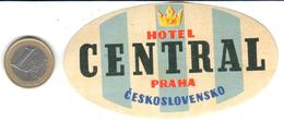 ETIQUETA DE HOTEL  - HOTEL CENTRAL  -PRAGA (PRAHA) CHECOSLOVAQUIA - Hotel Labels