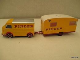 Voiture Miniature 1/43em  CORGI CIRQUE PINDER  CITROEN H + CARAVANE    Tres Bon Etat - Toy Memorabilia