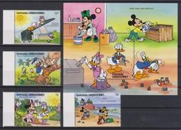 2296  WALT DISNEY   GRENADA GRENADINES  ( Ecological Preservation ) Sort,Save,and Recycle . - Disney