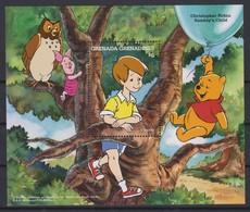 2303  WALT DISNEY   GRENADA GRENADINES  ( Christopher Robin Sunday's Child ) And Winie The Pooh' Works . - Disney