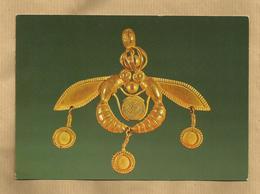 +- Musée D'Hérakleion Abeilles En Or Pour Collier De Malia (17ème S. Av. J.C.) 2 Scans - Grecia