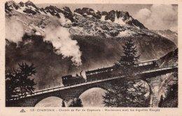 CPA    74   CHAMONIX---CHEMIN DE FER DE CHAMONIX---MONTENVERS AVEC LES AIGUILLES ROUGES - Chamonix-Mont-Blanc