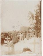 1916 - Soldaten Begräbnis In Russland - Orig. Foto Mit Widmung Auf Rückseite, Format Ca.12 X 9 Cm - 1914-18