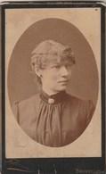 Photo Carte De Visite N° 10 - Fabronius Bruxelles - Femme En Médaillon - Photos