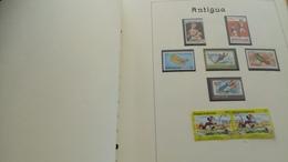 F0975 GROS ALBUM MONDE NEUFS / OB A TRIER POIDS 1.6KG  COTE++ DÉPART 10€ - Stamps