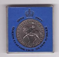 Medaille QUEEN ELIZABETH II - Gettoni E Medaglie
