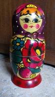 """1 SEULE Poupée Russe """"gigogne Bois Peint Couleurs Vives -  18cm - Origine Pays De L'est Russie Pologne - Matriochka - - Popular Art"""