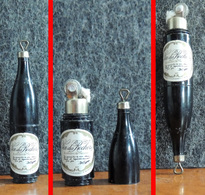"""Ancien Briquet Publicitaire à Essence En Forme De Bouteille De Vin à étoiles """" Vin Des Rochers """" - Aanstekers"""