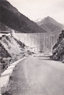 CPSM 10X15 .  Nos Belles Pyrénées . (64) ARTOUSTE . Vallée D'Ossau . Mur Du Barrage De FABREGE Et Pic LURIEN - Francia