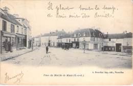 78 - MAULE : Place Du Marché ( Hotel De La Corne ) CPA Précuseur - Yvelines - Maule